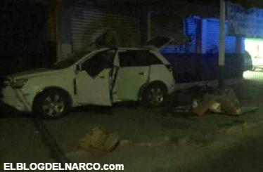 Fotografias de la balaceras en pleno centro de Zihuatanejo; 3 muertos y 2 detenidos