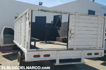 Fotografías y vídeos Camionetas blindadas y artilladas decomisadas tras enfrentamiento en Sinaloa