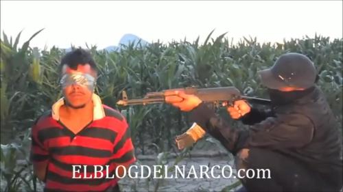 Vídeo sicario de El Chapo Guzmán Gente Nueva ejecutando un Zeta