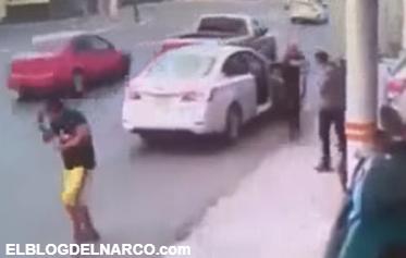 VÍDEO: Así es como sicarios ejecutan en solo 5 segundos a ex-comandante acusado de nexos con los Zetas en Coahuila