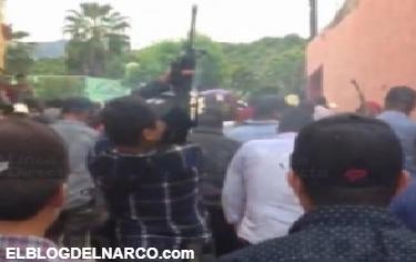 Vídeo, con disparos de Cuerno de Chivo y AR-15 gatilleros festejan a su Santa Patrona en Durango
