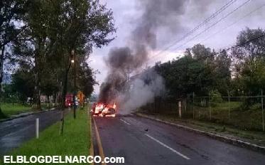 Grupo armado quema vehículo y bloquea Boulevard y carretera a Lombardía