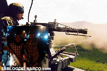 Fotos, Marinos mandan a volar a los halcones desde un helicoptero