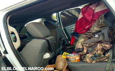 Fotos de camioneta asegurada con ropa camuflajada un chaleco con una placa de acero, una maquina aspersora en Sinaloa