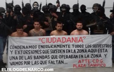 Vídeo donde fueron exhibidos vivos arrodillados tras una manta y custodiados por una veintena de sicarios.  )