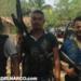 Vídeo en donde ejecutan a un sicario de la Guardia Guerrerense y le dejan narcomensaje...