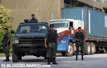 Un ejército de sicarios obliga a pagar a la población un impuesto por ejercer cualquier oficio